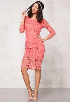 Model Behaviour Tuva Dress Coral Bubbleroom.se