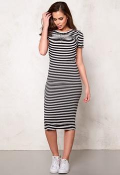 ONLY Abbie stripe ss calf Black/black Bubbleroom.se