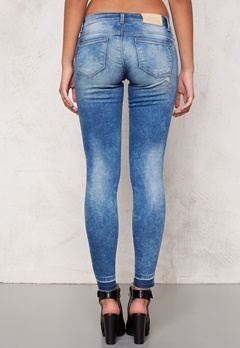 ONLY Carrie low ankel jeans Medium Blue Denim Bubbleroom.se
