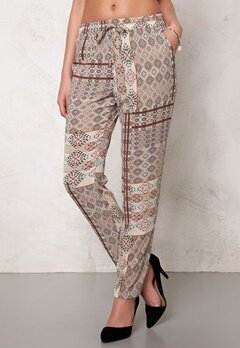 ONLY Nova lux delux pants Bone White Bubbleroom.se