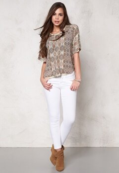 ONLY Nova Lux Desert Top Bone White Bubbleroom.se