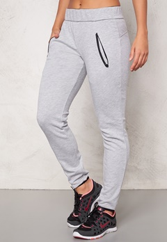 ONLY PLAY Maude Sweat Pants Light Grey Melange Bubbleroom.se