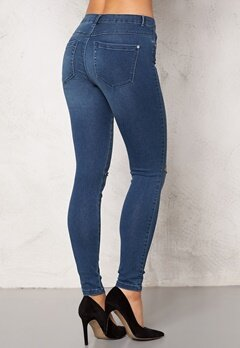ONLY Royal Kneecut Jeans Medium Blue Denim Bubbleroom.se