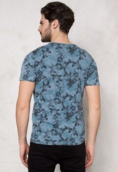 ONLY & SONS Mang O-Neck Aegean Blue Bubbleroom.se