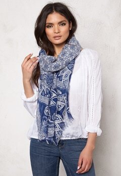 Pieces Bess Long Scarf Moonbeam Bubbleroom.se