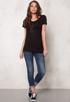 Pieces Brigita Tee Black Bubbleroom.se