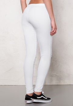 Pieces Cindy Knee Cut Jeggings Bright White Bubbleroom.se