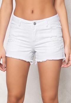 Pieces Just Trish shorts Bright White Bubbleroom.se