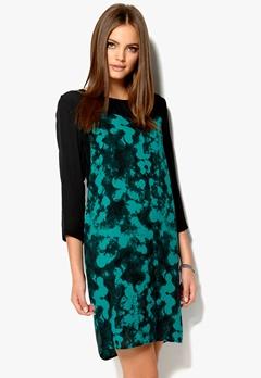 OBJECT Rasmana Dress Blue Grass Bubbleroom.se