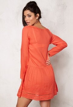Rut & Circle Masie Dress Pop Coral Bubbleroom.se