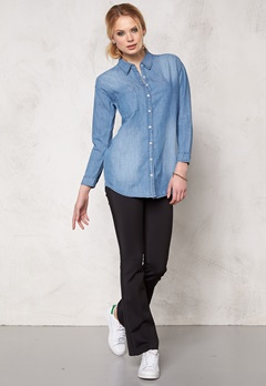 Sally & Circle Josie Denim Shirt Lt Wash Bubbleroom.se