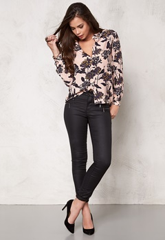 SOAKED IN LUXURY Beverly Shirt Flower Print Bubbleroom.se
