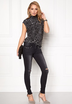 SOAKED IN LUXURY Deanne Top Black w. silver Bubbleroom.se