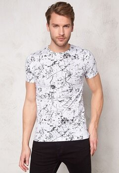 Solid Balsam T-shirt 9000 Black Bubbleroom.se