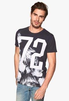 Solid Ruslan T-shirt 9000 Black Bubbleroom.se