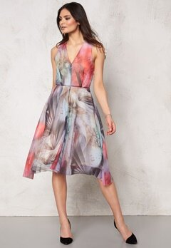 TIGER OF SWEDEN Mael Pri Dress A04 Artwork Bubbleroom.se