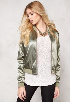 Pieces Unilla bomber jacket Burnt Olive Bubbleroom.se