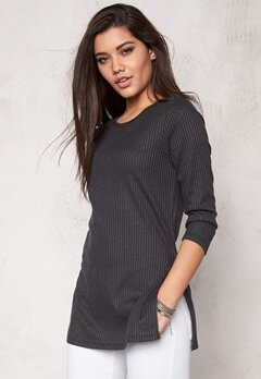 VERO MODA Alin slit long 3/4 top Black Bubbleroom.se