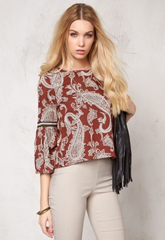 VERO MODA Pais outline top Henna Bubbleroom.se