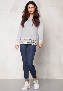 VILA Central L/S Crochet Top Light Grey Melange Bubbleroom.se