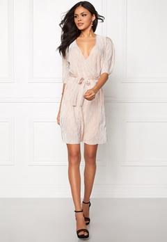 VILA Claudie Plizze Dress Rose Dust Bubbleroom.se