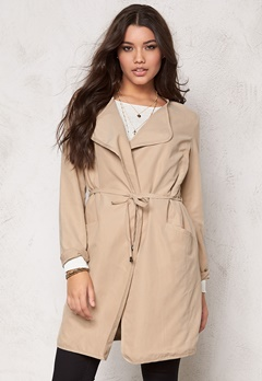 VILA Emmely Chic Coat Kamel Bubbleroom.se