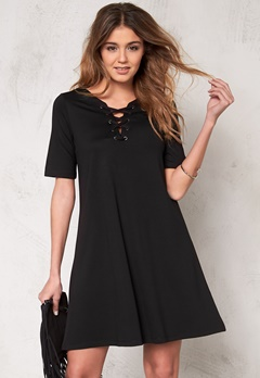 VILA Force s/s dress Black Bubbleroom.se
