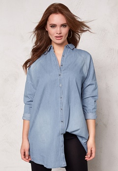 VILA Vu Oversize Denim Shirt Light Blue Denim Bubbleroom.se