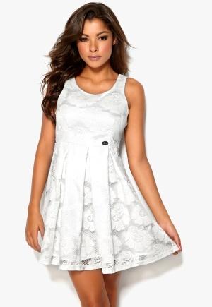 Chiara Forthi Cecille Dress Cream Bubbleroom.se