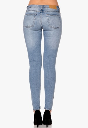 CHEAP MONDAY Slim Jeans Stonewash Blue Bubbleroom.se