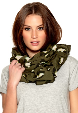 TIGER OF SWEDEN Falqui Scarf 4T1 Thyme Green Bubbleroom.se
