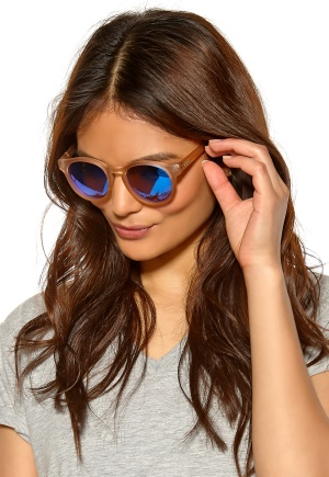 Le Specs Hey Macarena Sunglasses Matte Raw Sugar/Icy Bubbleroom.se