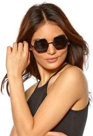 Le Specs Electric Warrior Sunglasses Matte Black/Smoke Mo Bubbleroom.se