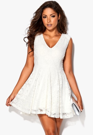 Chiara Forthi Celia dress Offwhite <a href=