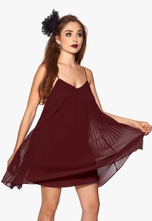 77thFLEA Lagos dress Wine-red Bubbleroom.se