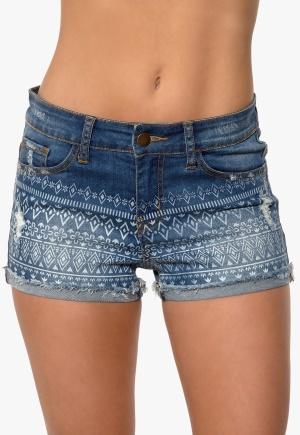 Happy Holly - Shorts