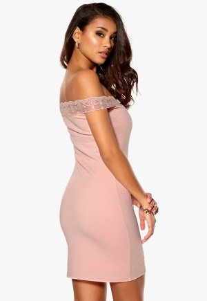 Model Behaviour Sandra Dress Pink Bubbleroom.se