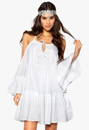 Make Way Wen Dress White Bubbleroom.se