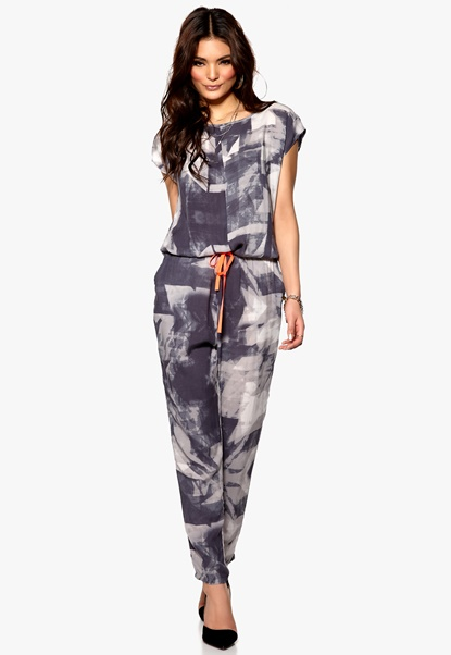 Culture Kilie Jumpsuit Grey Combo Bubbleroom.se