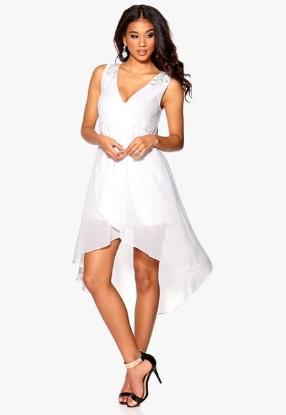 Model Behaviour Felicia Dress White Bubbleroom.se
