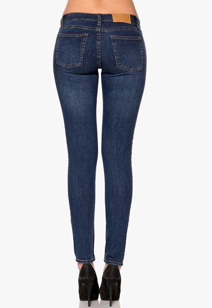 CHEAP MONDAY Slim Jeans Credit Mid Blue Bubbleroom.se