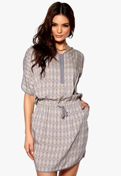 SELECTED FEMME Urda Dress Folkstone Grey Bubbleroom.se