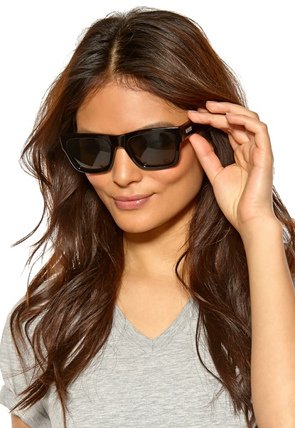 Le Specs Bowie Sunglasses Matte Black/Green Mo Bubbleroom.se