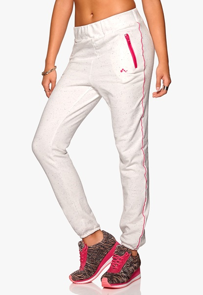 ONLY PLAY Judith Sweat Pants White Bubbleroom.se