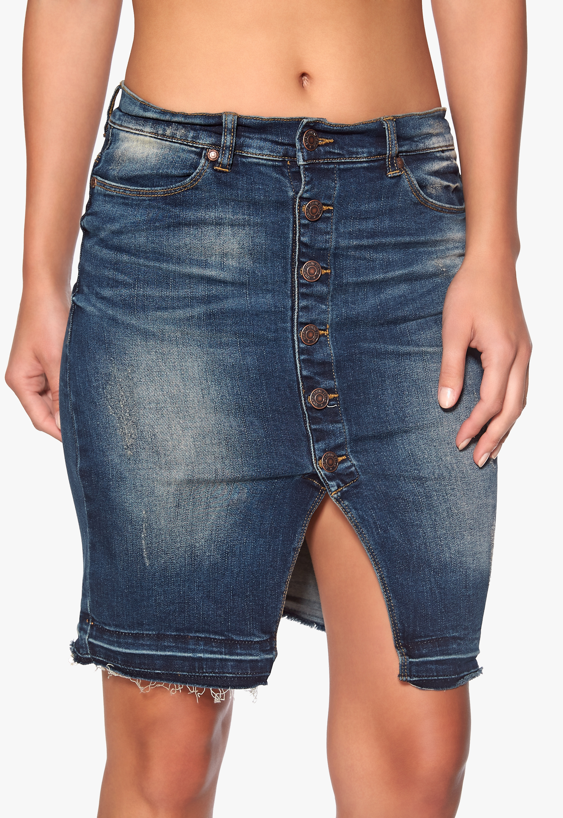 With the added support provided by Grommet Mart's Jean Rivets, your garments will perform and look their best. Jean rivets are offered in several basic styles that are attached using solid Metal Rivet Nails.