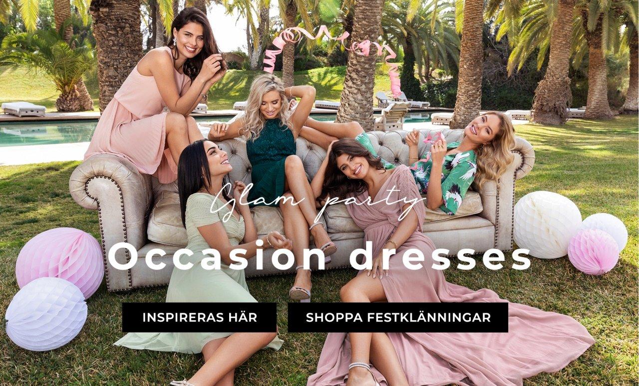 Shoppa klänningar för alla sommarens fester
