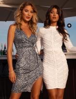 Shoppa festklänningar från Bubbleroom och Chiara Forthi