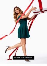 Shoppa klänningen inför jul!