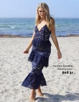 Spetsklänningar med volanger från Carolina Gynning