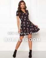 Shoppa nyheter från Bubbleroom